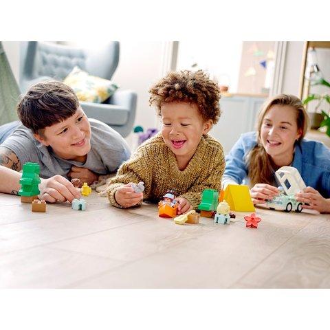 Конструктор LEGO DUPLO Семейное приключение на микроавтобусе 10946 Превью 12
